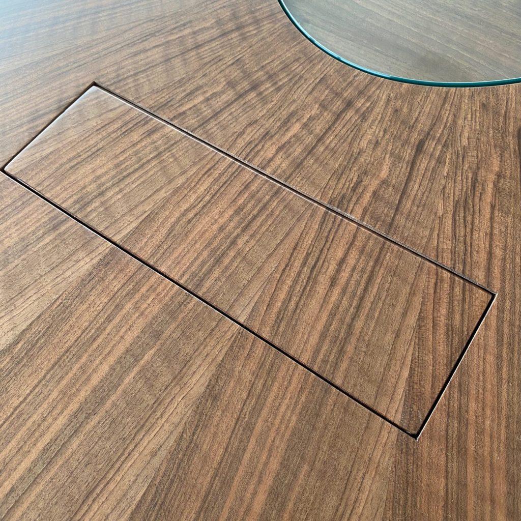Table insert - closed - discreet - elegant - boardroom AV