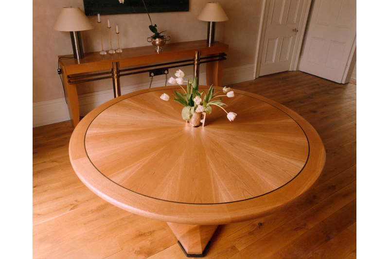 Oak Dining Table - Circular with Radial Veneer pattern and string inlay Detail