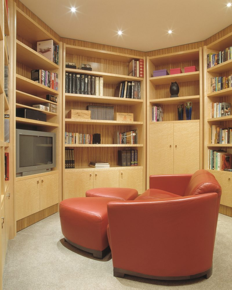 Bookcase in Maple Wood